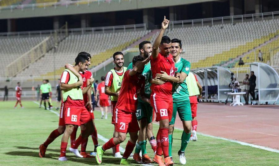 هفته ی یازدهم لیگ برتر فوتبال/ جدال حساس تراکتورسازی و پیکان / دایی و قلعه نویی به هم رسیدند