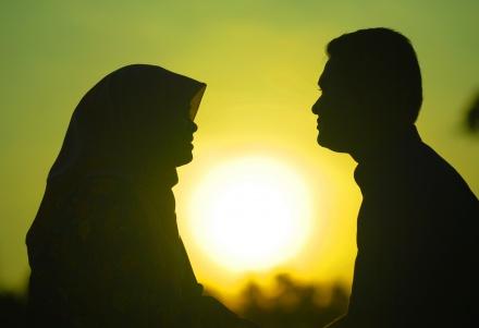 اهمیت مهارت گفتگو در روابط عاطفی