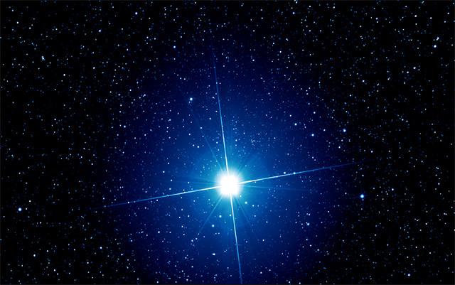 ستاره سهیل؛ نگینی معروف در آسمان/