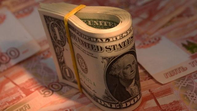 تحقق انتظار نمایندگان در بازار ارز/نرخ دلار به مرز تک رقمی رسید