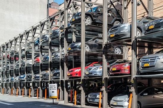 راهکارهای جهانی برای معضل کمبود پارکینگ/ از لزوم انتقال مراکز تجاری به خارج از شهر تا ایجاد پارکینگ در اطراف ایستگاه مترو