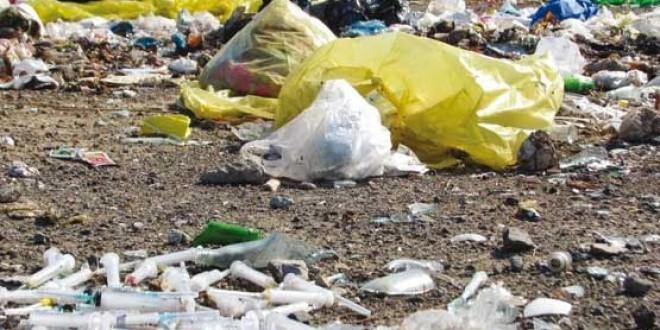 وضعیت نامطلوب دفع زبالههای بیمارستانی/ برخی کلینیکها زبالههای عفونی را ایمن دفع نمیکنند