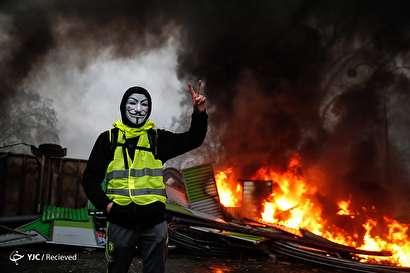ادامه اعتراضات علیه سیاستهای اقتصادی مکرون در فرانسه
