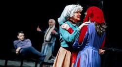 سکوت وزیر ارشاد در مقابل نمایش همجنس گرایی در سالنهای تهران!