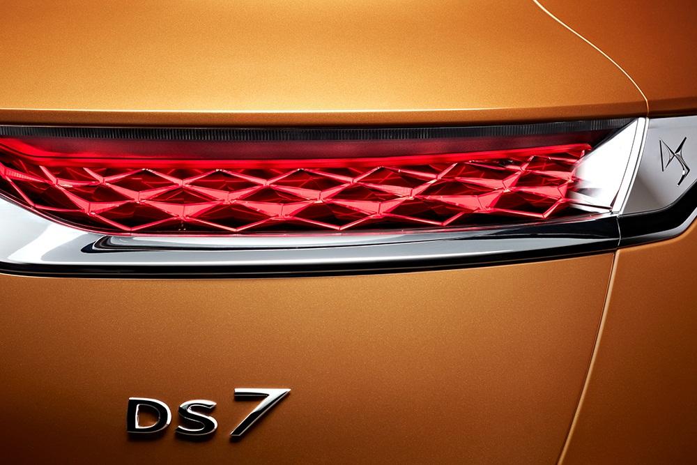 دیاس DS۷ مدل ۲۰۱۸ تیپ ۲ را بشناسید