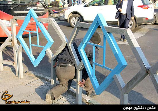 تیغ جراحیهای معاونت ترافیک شهرداری به گلوگاه ترافیکی چهارراه ولیعصر رسید