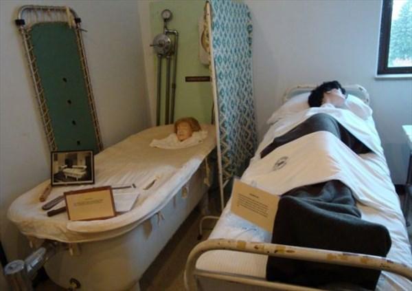 سابقه ۱۳۰ ساله پزشکان در درمان بیماران روانی در کجا مرور میشود؟