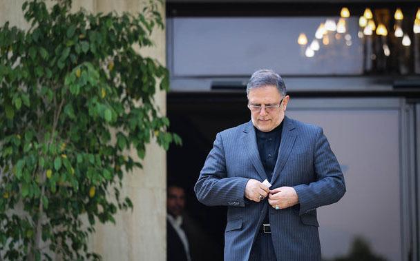 تایید حکم انفصال از خدمت رئیس کل پیشین بانک مرکزی/سیف نمیتواند مشاور روحانی باشد