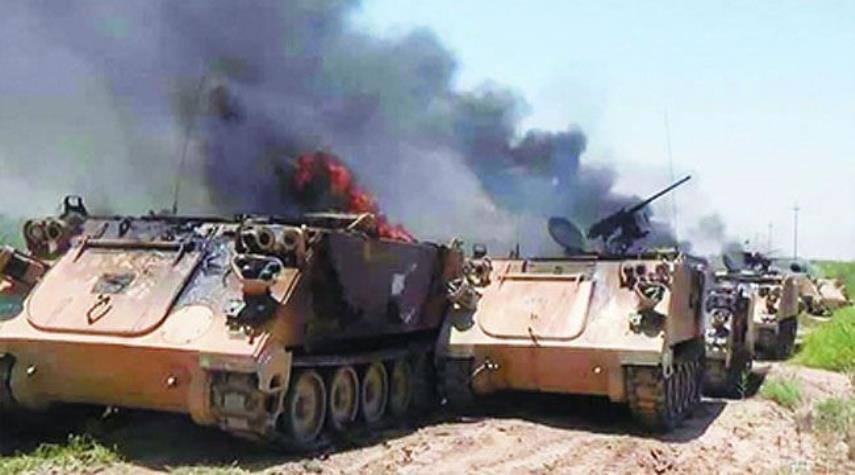 انهدام خودروی زرهی مزدوران سعودی در ساحل غربی یمن
