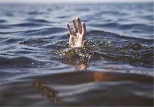 غرق شدن تبعه خارجی در آب انبار لارستان