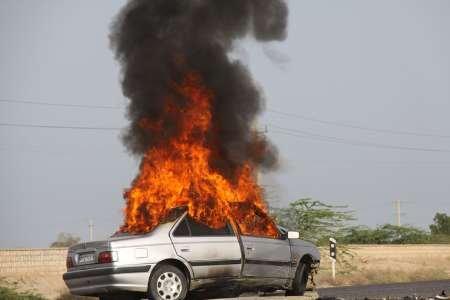 آتش سوزی یک دستگاه خودرو پژو در سیروان
