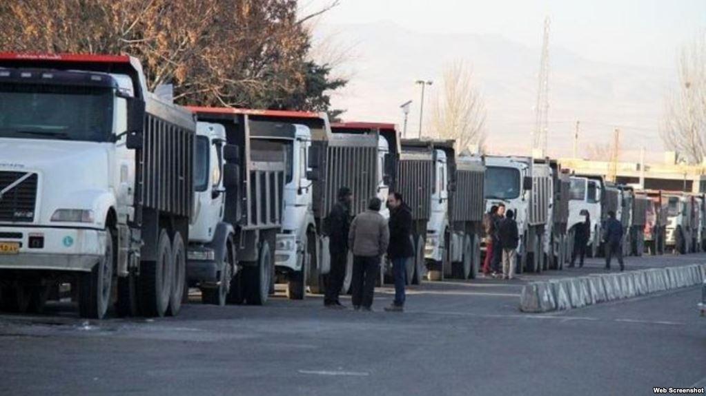 قصور وزارت صمت در تامین و واردات لاستیک کامیون داران/معرفی متخلفان به دستگاه قضا