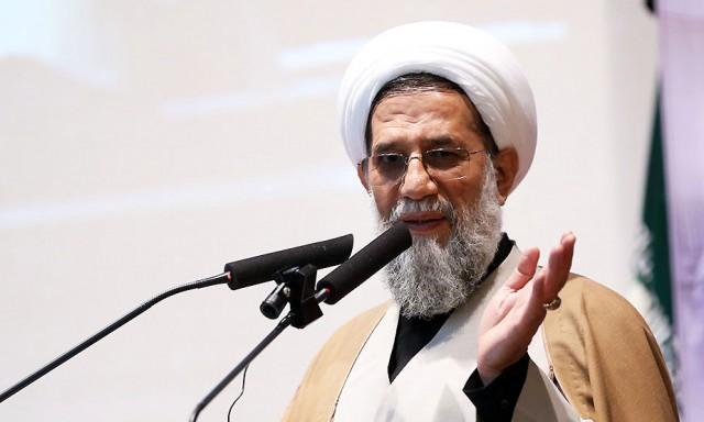 ملت ایران الگوی جهانی آزادگی و استقلال طلبی است