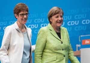 پایان ۱۸ سال ریاست مرکل بر حزب دموکرات مسیحی آلمان