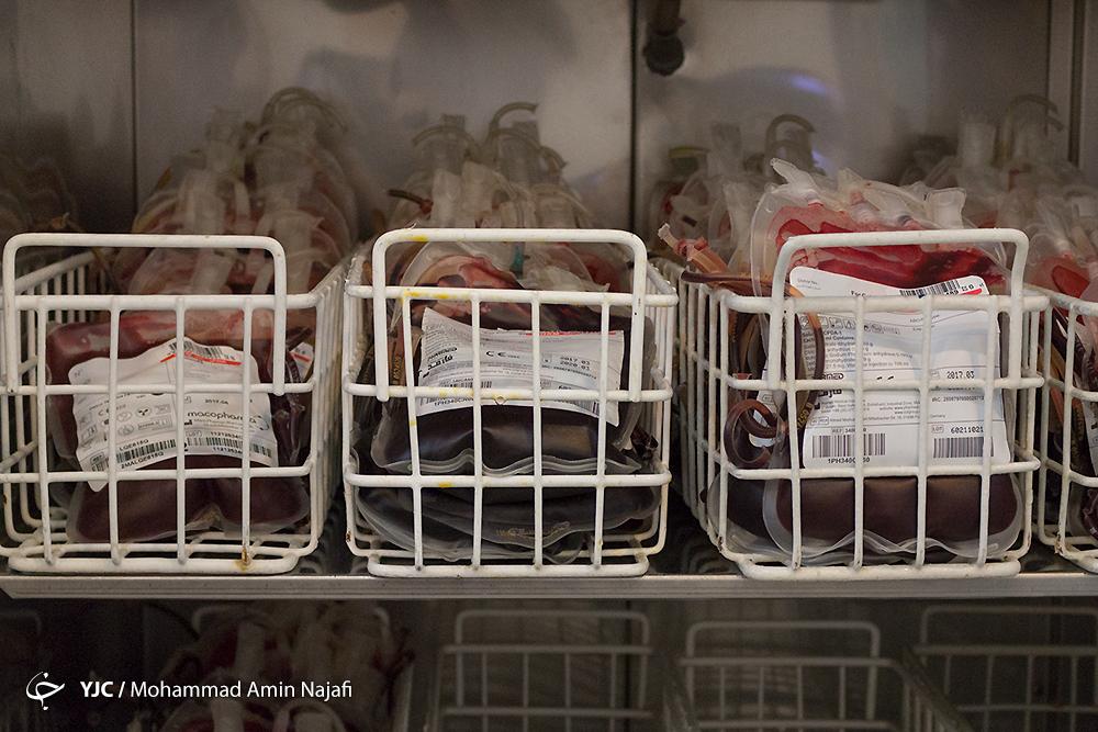 اهدای خون؛ هدیهای گرمابخش وجود بیماران در روزهای سرد سال+ شرایط اهداکنندکان خون