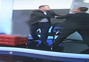 کتک کاری نمایندگان مجلس در برنامه زنده تلویزیونی + فیلم