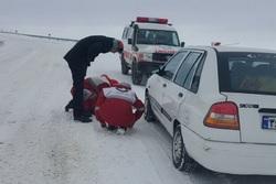 امداد رسانی به بیش ازیک هزار هموطن گرفتار در برف همدان