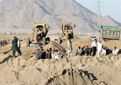 زاهدان روی ریل بیپولی/سرمایه هندیها مقدم بر آستان قدس رضوی