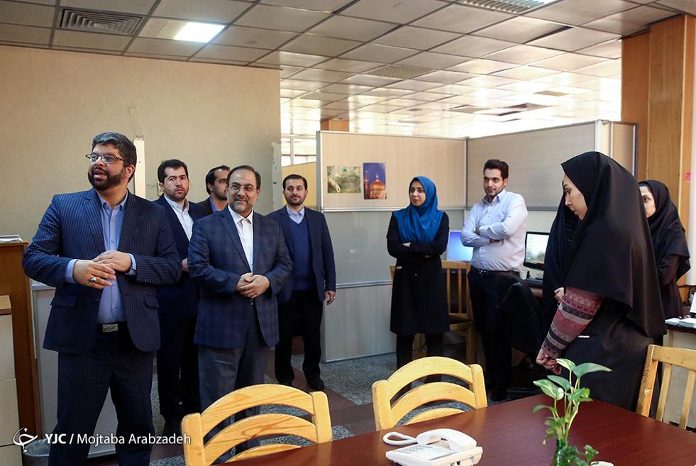 دبیرشورای عالی انقلاب فرهنگی از باشگاه خبرنگاران جوان بازدید کرد