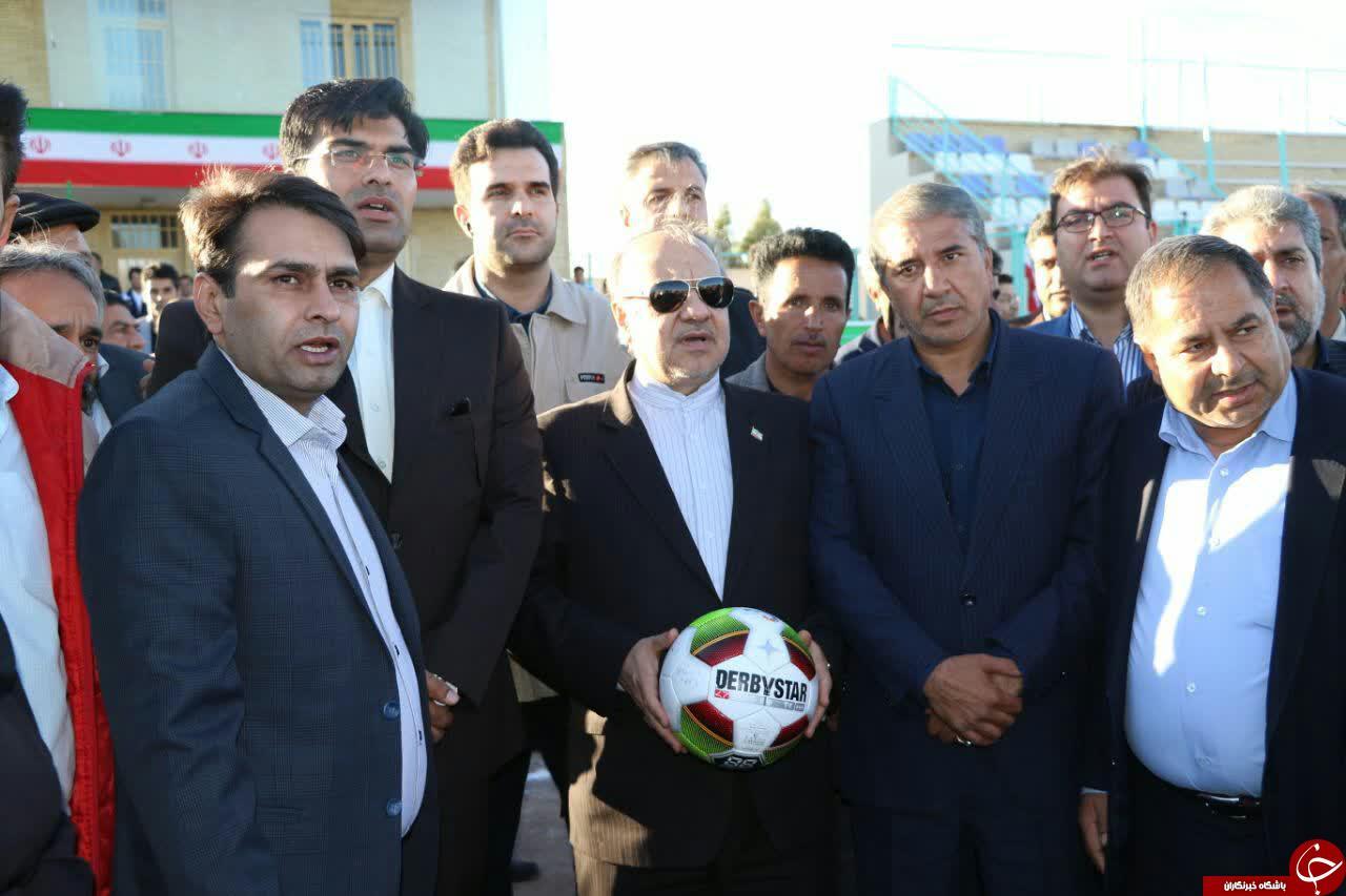 افتتاح زمین چمن فوتبال، استخر و سالن ورزشی رفسنجان + تصاویر