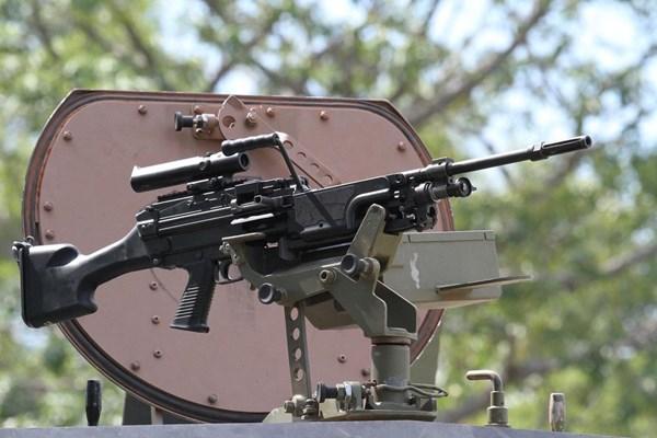 سرقت دو قبضه سلاح نظامیان صهیونیست در مرز لبنان