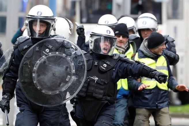 اعتراضات اروپا را فرا میگیرد