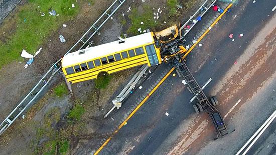 هنگام وقوع حوادث جادهای چه کنیم؟