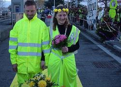 ازدواج دو جلیقهزرد وسط اعتراضات خیابانی فرانسه! +تصاویر