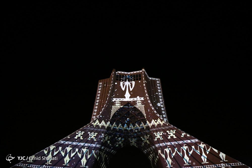 کنسرت راک، در معرض سقوط از پرتگاهِ برج آزادی / هیچکس مسئولیت لغو کنسرت را نمیپذیرد