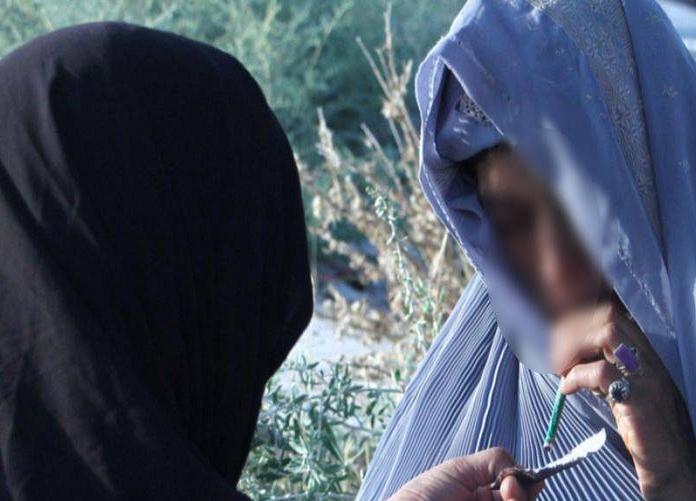 اعترافات عجیب دختران معتاد در پایتخت/ از جاساز مواد مخدر در لباس سگ تا مصرف شیشه با فاز نظافت!