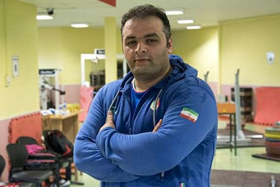 باشگاه خبرنگاران - انوشیروانی:حرف اول و آخر را در فدراسیون مرادی می زند/کفگیر وزنه برداری به تک دیگ خورده است!