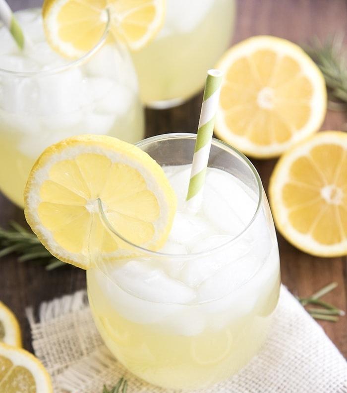 شربتی مفید در رفع سردردهای میگرنی/ با مصرف این شربت به تناسب اندام برسید