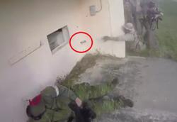سوتی سرباز آمریکایی در مانور نظامی، همرزمش را تا یک قدمی مرگ برد +فیلم