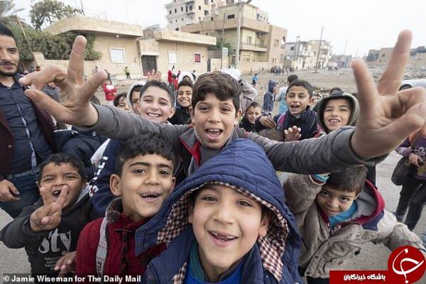 دانشآموزان سوری پس از ۴ سال به مدرسه میروند////اولین کلاس درس دانشآموزان سوری در «رقه» پس از ۴ سال+عکس