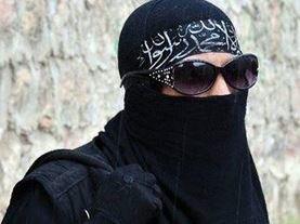 نتیجه تصویری برای زن داعشی