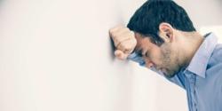 بدترین راه های مقابله با اضطراب را بشناسید