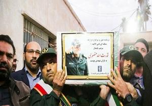 پیکر سردار منصوری در ایذه به خاک سپرده شد