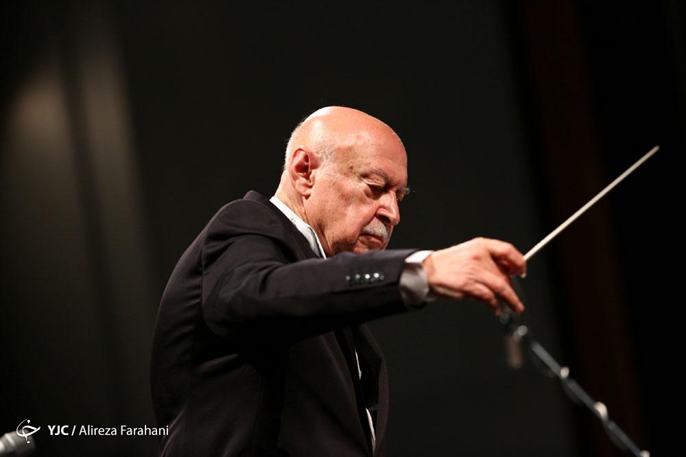 فرهاد فخر الدینی در تالار وحدت کنسرت برگزار می کند