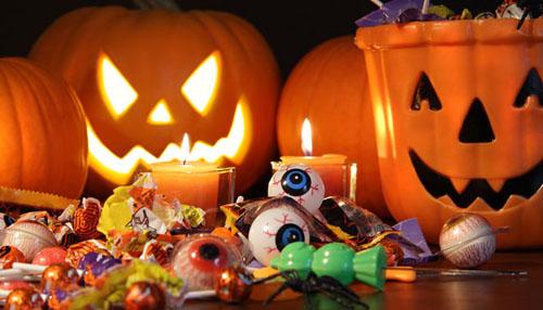 نمادی آمریکایی با رنگ و بوی ایرانی/ وقتی پای نمادهای غربی به سفره ایرانی باز می شود/ جشنهای هالووین رمق جشن های ایرانی را می گیرد
