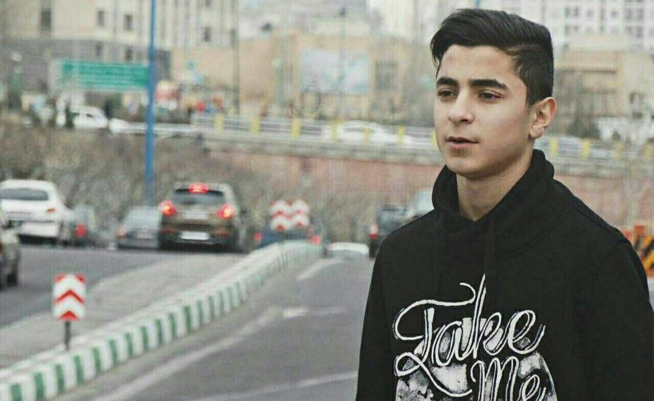 مادر احمدرضا شاکر: روزگار قائدی را سیاه می کنم/ پول دیه را به مهدی می دهم اما پسرم را به من بازگرداند