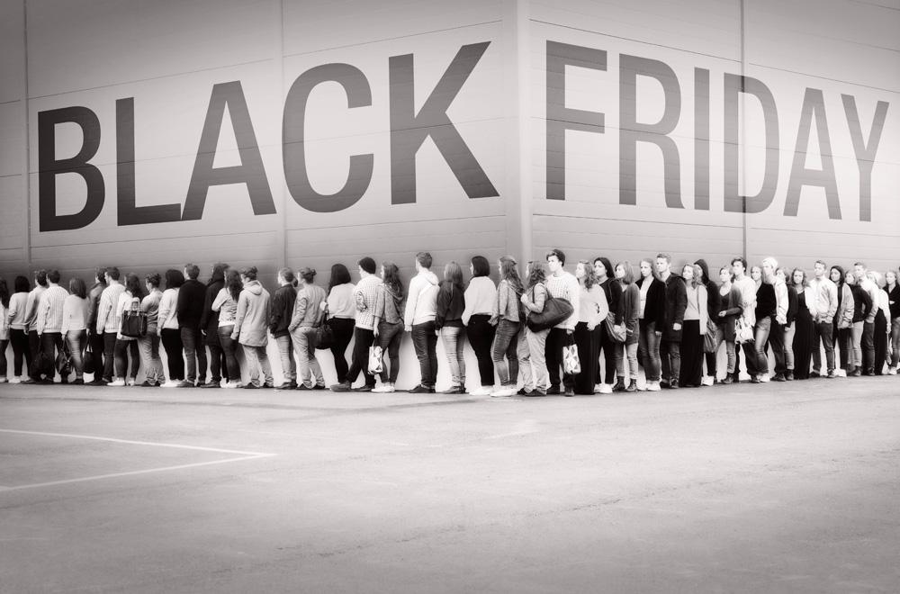 خودکشی خرید به سبک جمعه سیاه آمریکایی ها/ در «جمعه سیاه» چه گذشت؟ +تصاویر