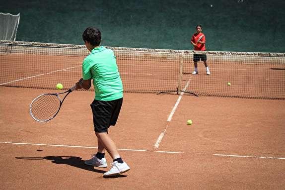 باشگاه خبرنگاران - آغاز رقابت تنیسورهای زیر 12 و 14 سال پسر کشور در کرمان