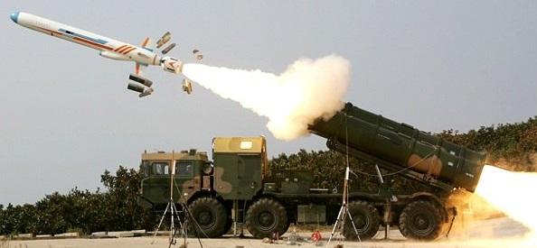 غربی که باید به احترام موشک سومار بایستد