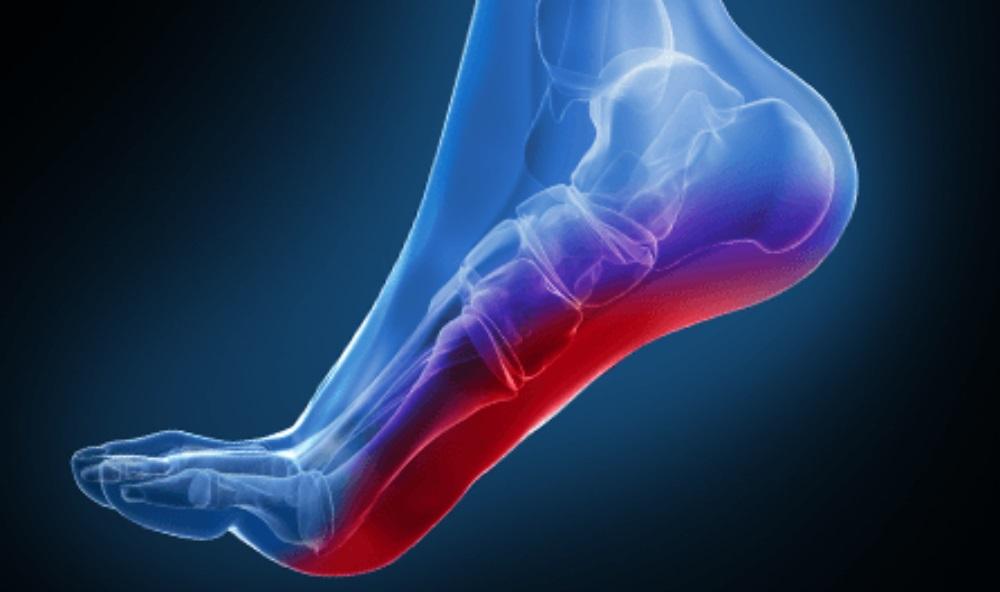 پا کردن در کفش بزرگتر از سایز نکنید/ ویژگیهایی که باید در هنگام خرید کفش در نظر گرفته شوند