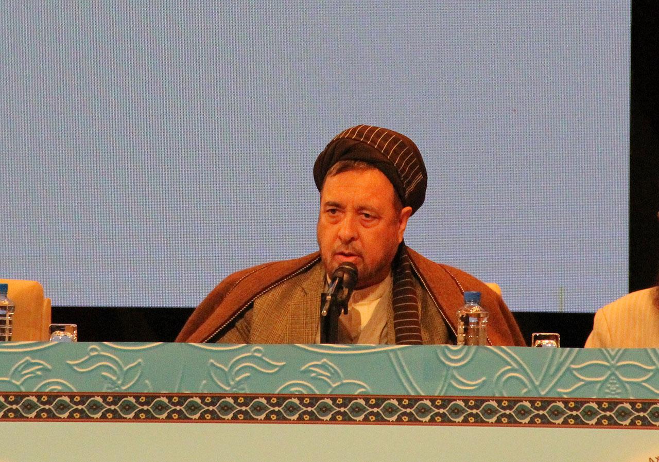 تکفیر مهمترین سلاح تفرقه بین مسلمین است/ قدس محور وحدت اسلامی است