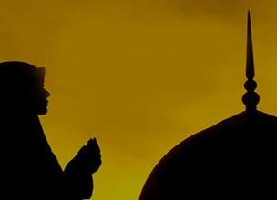 شهادتین گفتن دختر اروپایی برای تشرف به دین اسلام+فیلم