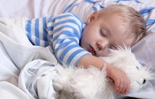اگر وزنتان به یکباره کم شد گوش به زنگ باشید/به این دلایل به چپ بخوابید/باید نبایدهای ورزش در بارداری/در چه سنی محل خواب  کودک را جدا کنیم؟