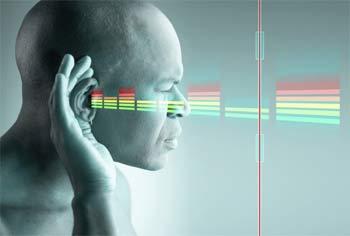 آیا افراد نابینا شنوایی بهتری دارند؟