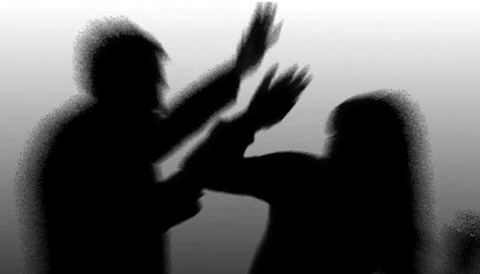 تعریف عجیب بیبیسی از خشونت علیه زنان/ وقتی حجاب باعث بیماری معرفی میشود!
