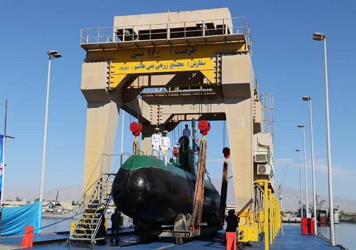 الحاق ۲ فروند زیر دریایی کلاس غدیر به ناوگان نیروی دریایی ارتش در بندرعباس/فرمانده نیروی دریایی ارتش: تحویل نسل جدید زیردریایی پیشرفته در دی ماه امسال+تصاویر